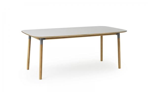 Normann Copenhagen Form Esstisch 200 x 95 cm UG: Eiche, natur / TP: Laminat, gr?n