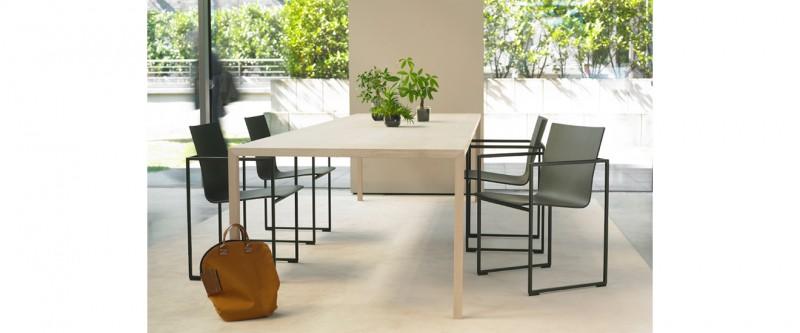 Arco Slim Esstisch und Arco Frame Stuhl