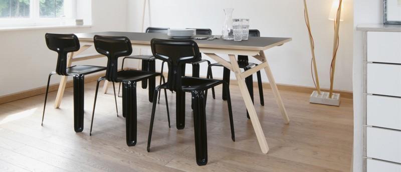 Nils Holger Moormann Klopstock Esstisch und Pressed Chair