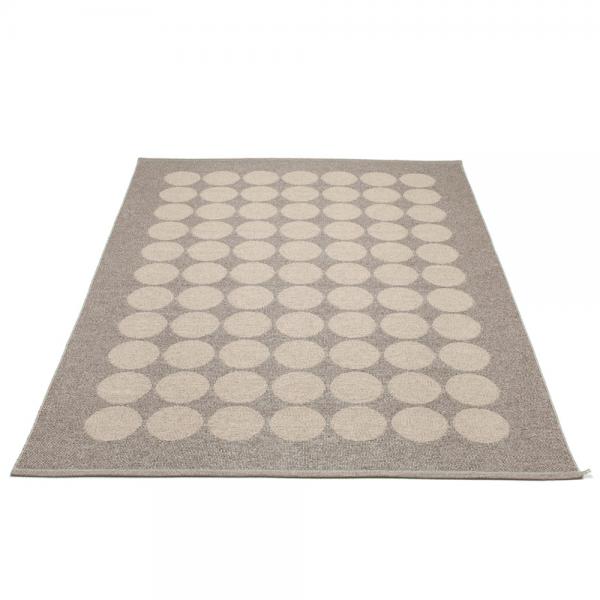 Pappelina Hugo Mud metallic 180x260 Teppich & Badvorleger schlamm