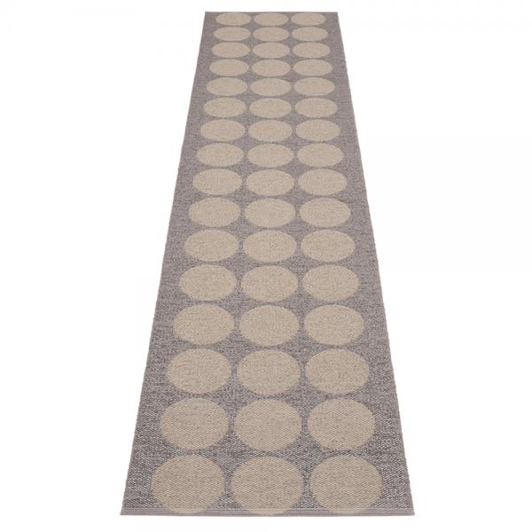 Pappelina Hugo Mud metallic 70x400 Teppich & Badvorleger schlamm