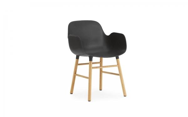Normann Copenhagen Form Armlehnenstuhl Wood Sitzschale schwarz / UG Eiche