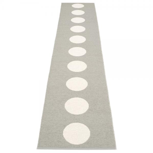 Pappelina Vera Warm Grey 70x375 Teppich & Badvorleger grau