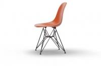 Vitra Eames Fiberglass Side Chair DSR orange UG: basic dark