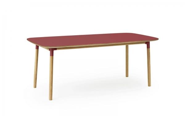 Normann Copenhagen Form Esstisch 200 x 95 cm UG: Eiche, natur / TP: Laminat, rot