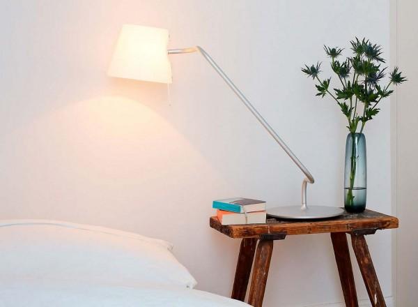 Serien Lighting E-LANE Table Short silber Schreibtischlampe