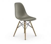 Vitra Eames Fiberglass Side Chair DSW raw umber UG: Ahorn gelblich