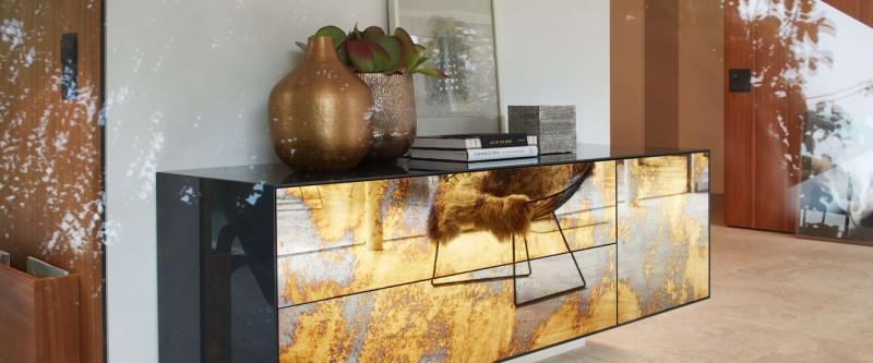Piure Nex Glamour Sideboard wandhängend gold spiegelnd