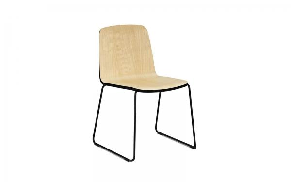 Normann Copenhagen Just Stuhl Sitz Esche natur / UG Stahl pulverbeschichtet schwarz