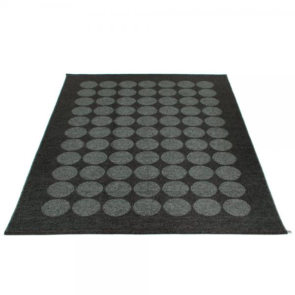 Pappelina Hugo Black metallic 180x260 Teppich & Badvorleger schwarz