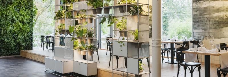 USM Haller Pflanzenwelten im öffentlichen Bereich Cafe