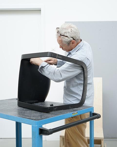 Vitra EVO Chair Freischwingerstuhl Fertigung 4