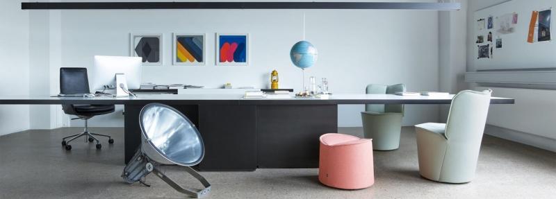 COR Nenou Kollektion am Schreibtisch Sessel mit Pouf